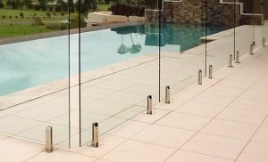 What Makes Glass Fencing Such An Attractive Garden Design Element?